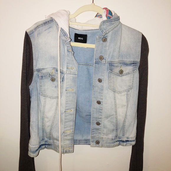 Urban Outfitters Jackets & Blazers - Urban Outfitters Trendy Tribal Jean Jacket